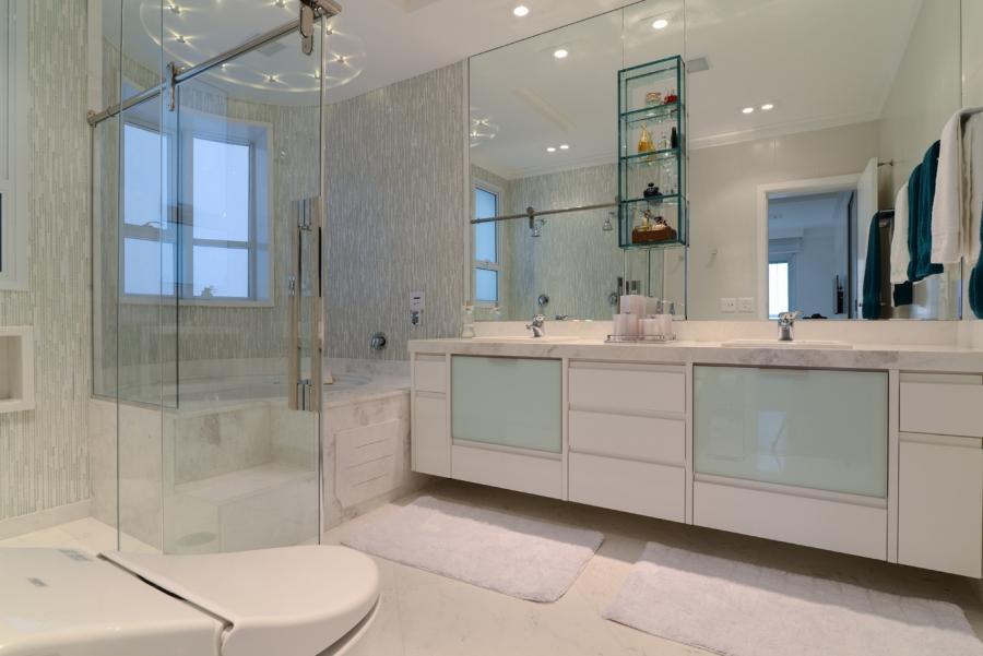 Banheiros 8